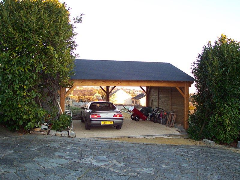 Pr au auvent carport constructions bois abri la romagne for Abri voiture bois