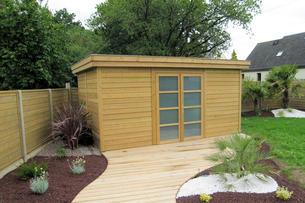 Abri bois gamme hirondelle abri de jardins en bois for Abri de jardin nantes