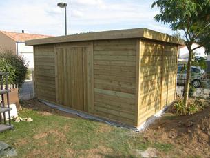Abri bois gamme hirondelle abri de jardins en bois abri la romagne for Abri de jardin en bois la redoute